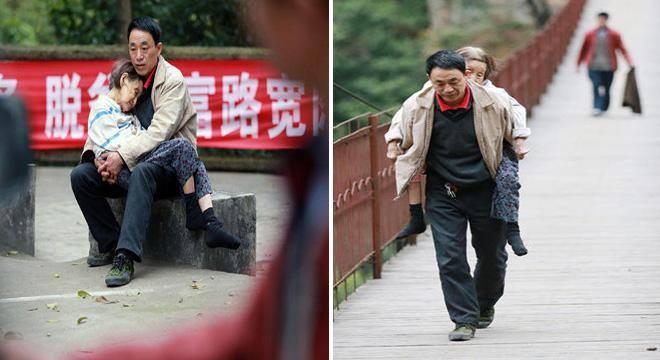 صيني يحمل والدته المشلولة معه أينما ذهب . do.php?img=60436
